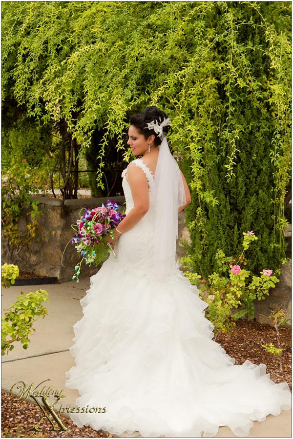 bride Mabel during her El Paso wedding