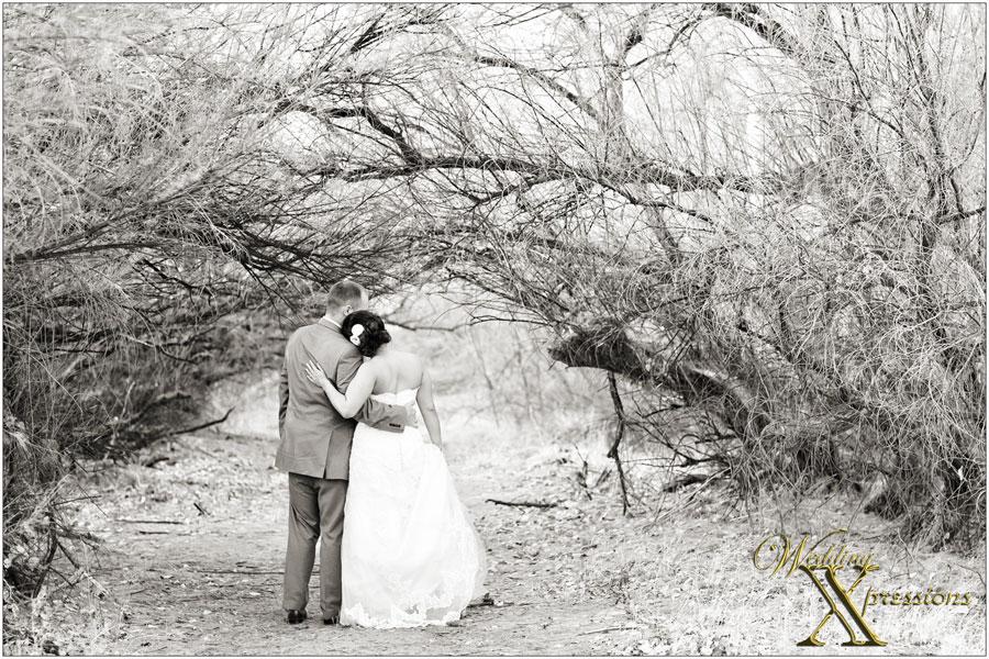 b&w wedding photography
