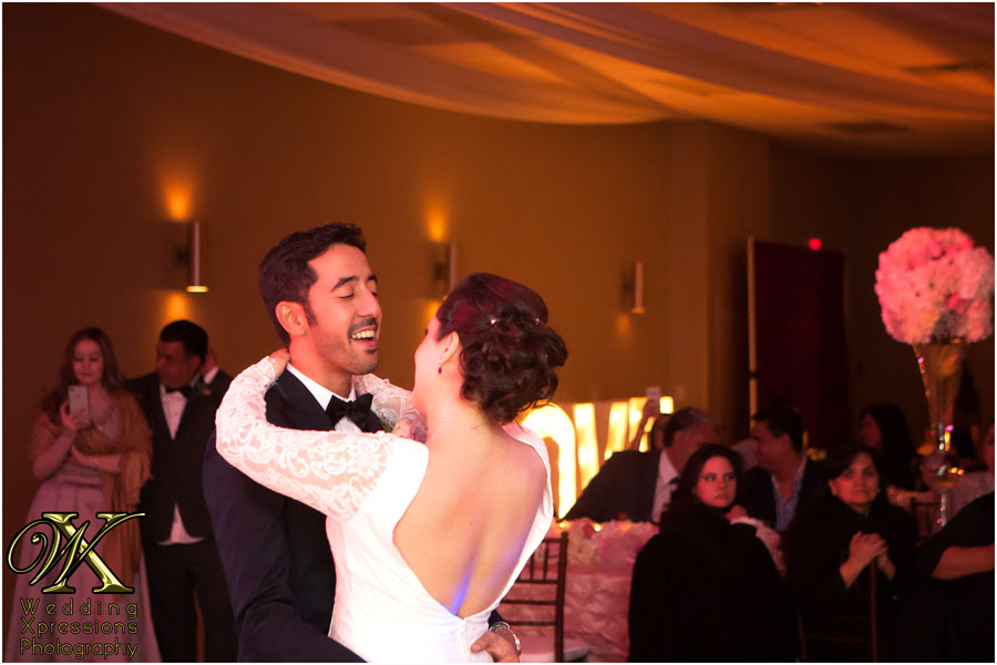 bride and groom first dance at wedding in El Paso