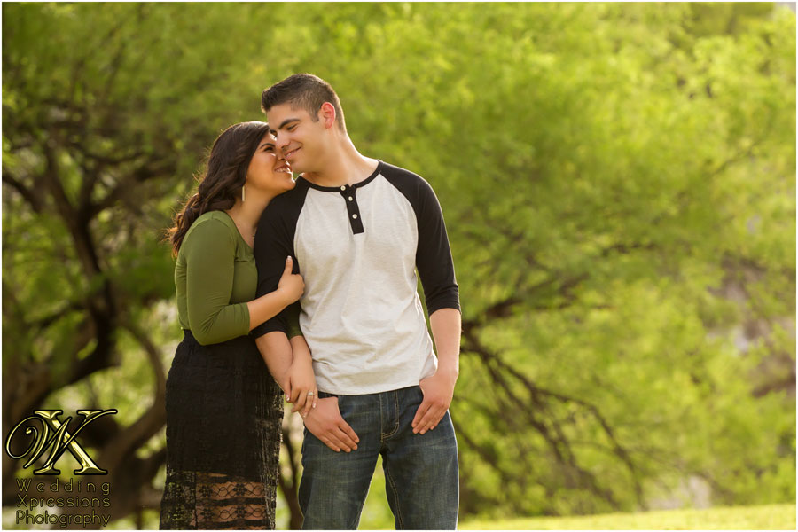 engagement session at park in El Paso