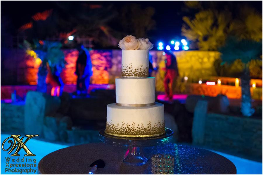 wedding cake at night
