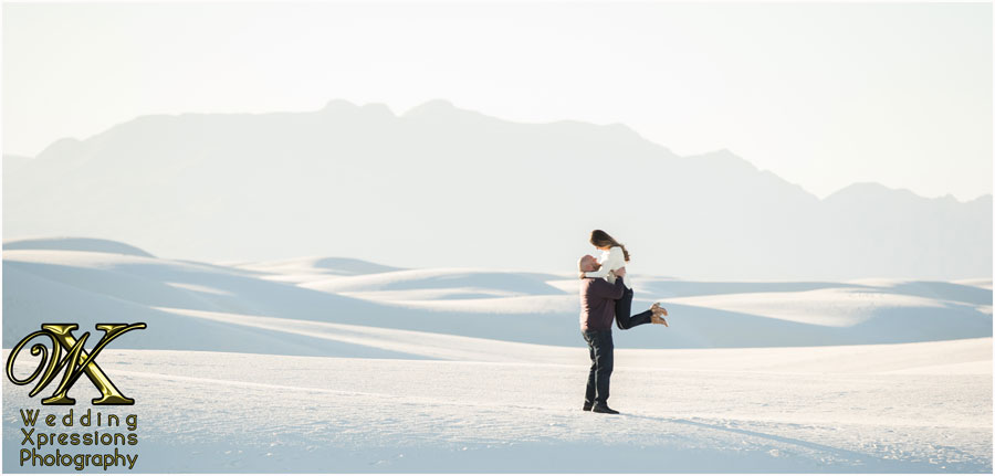 engagement photography at White Sands