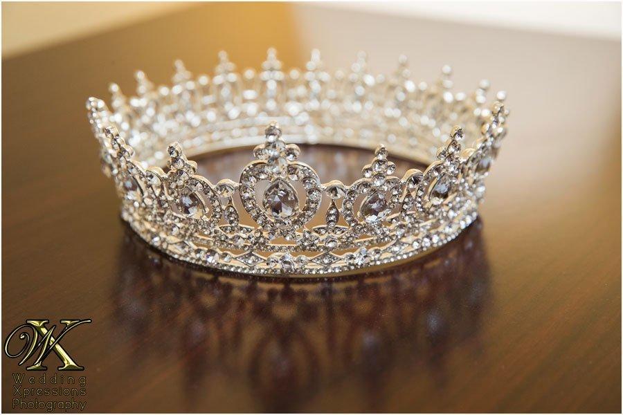 bride's crown