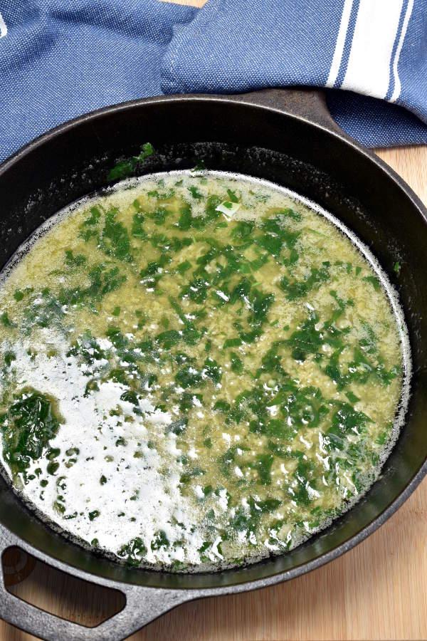 Linguine with Clam Sauce | WednesdayNightCafe.com