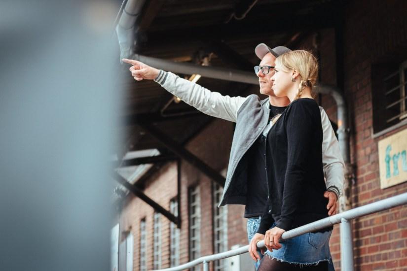 Kennenlernshooting Güterbahnhof - Hochzeitsfotos Hochzeitsfotograf Münster NRW