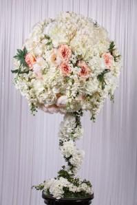 Topiary flowerball - White & Pink