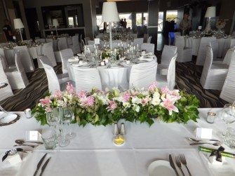 bridal table arrangements 8 640x480