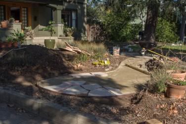 Front yard flagstone path (Dec. '15)