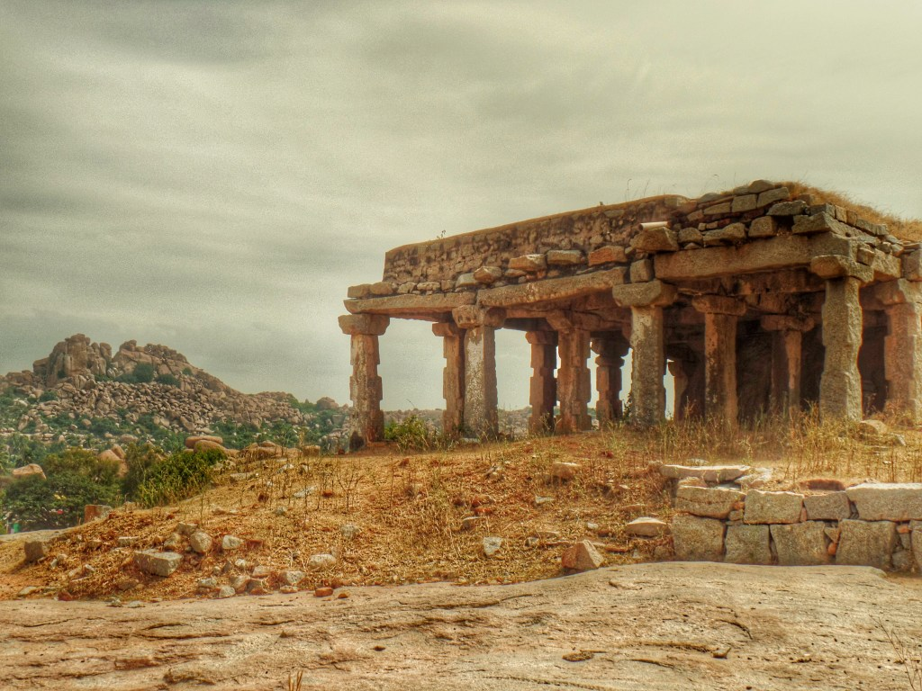 Hampi Backpacker's Guide