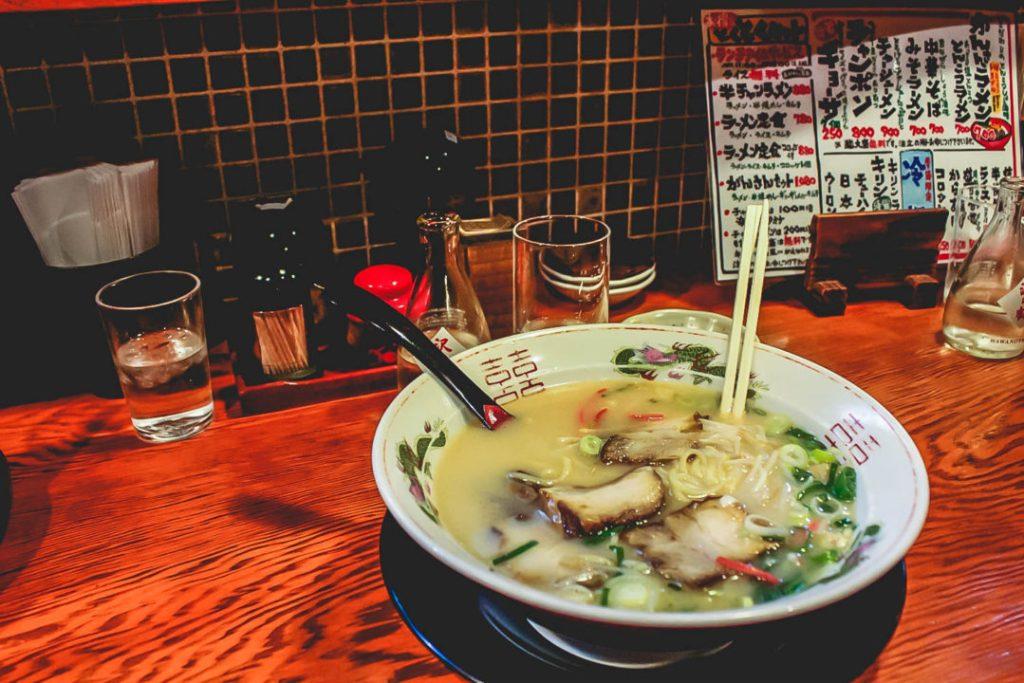 Ryokan budget Osaka Japan Oshiteruya hostel guesthouse