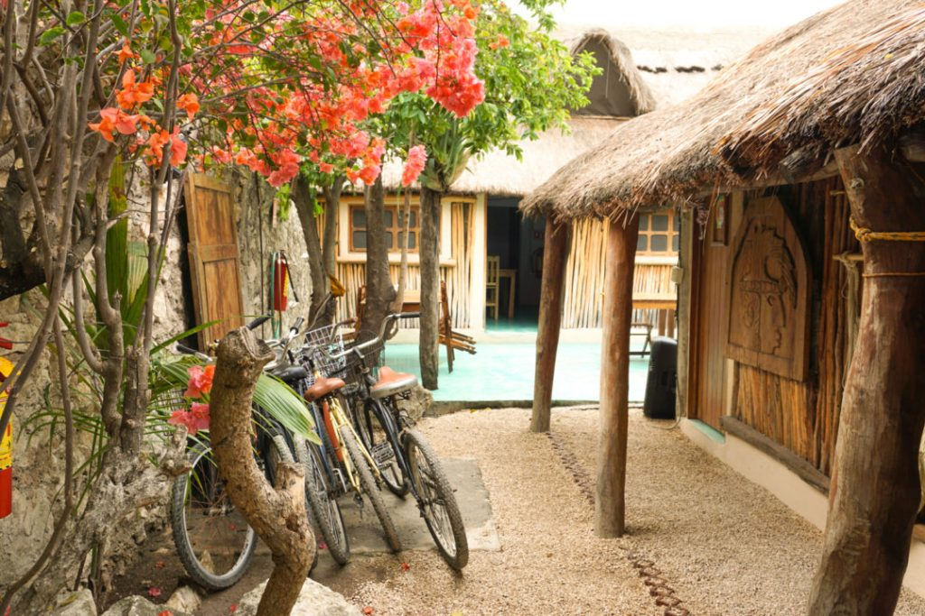where to stay in tulum hostel backpackers