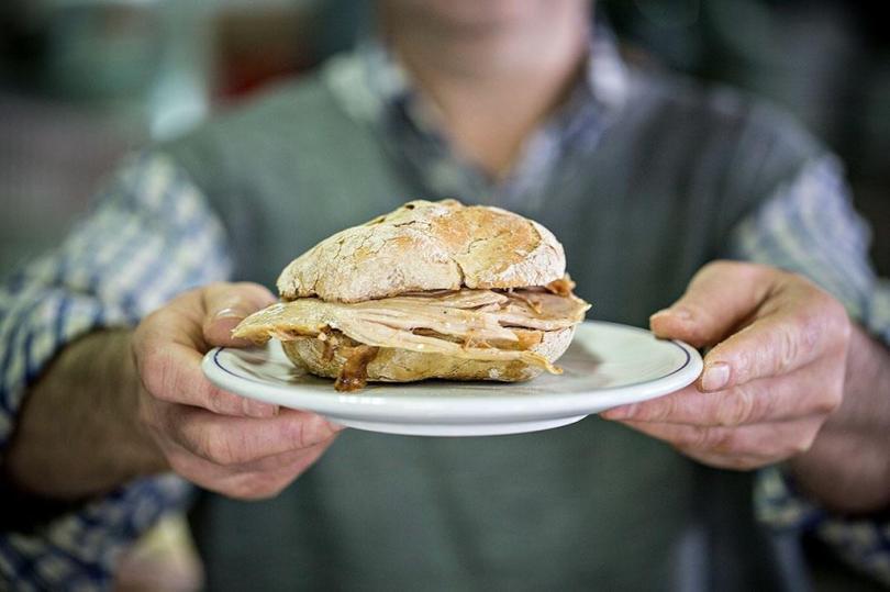 Un sandwich traditionnel de la Casa Guedes - Porto