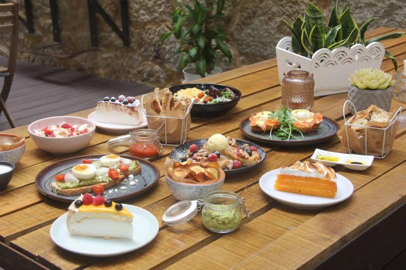 Assiettes pour brunch chez Miss Pavlova - Porto