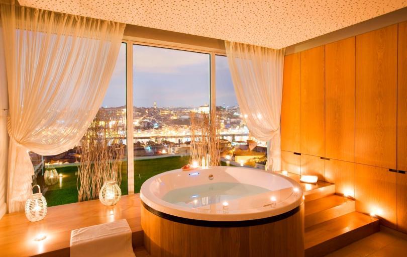 Jacuzzi du Spa Vinotherapie Caudalie - The Yeatman Hotel - Vila Nova de Gaia