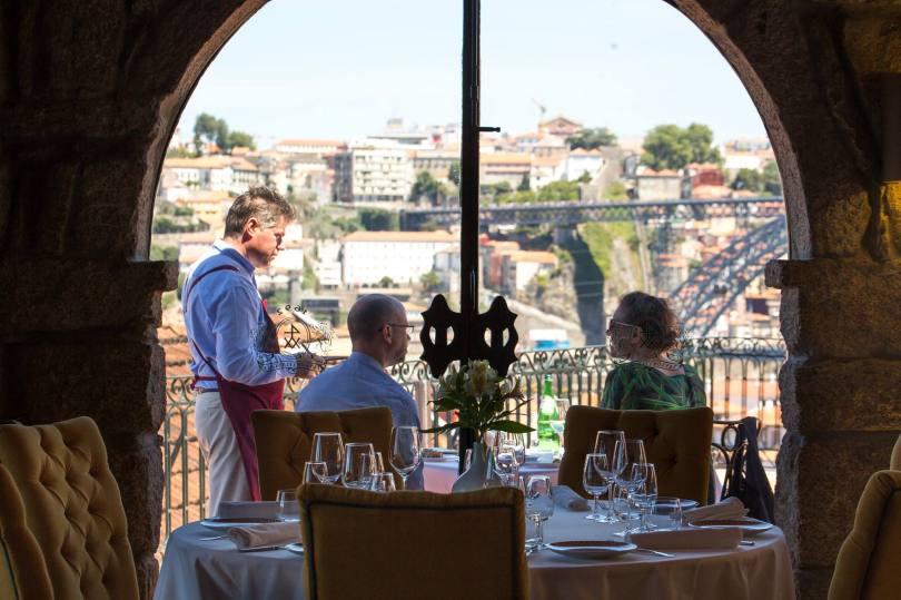 Salle du restaurant Barao Fladgate - Vue sur Porto - Cave Taylor - Vila Nova de Gaia - Porto