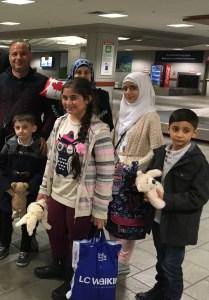 almashhoud-family-arrival