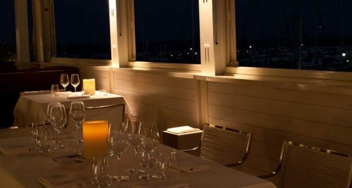 Cena romantica a Milano Marittima  Weekend a lume di candela