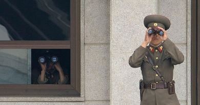 Pyongyang to free American being detained there