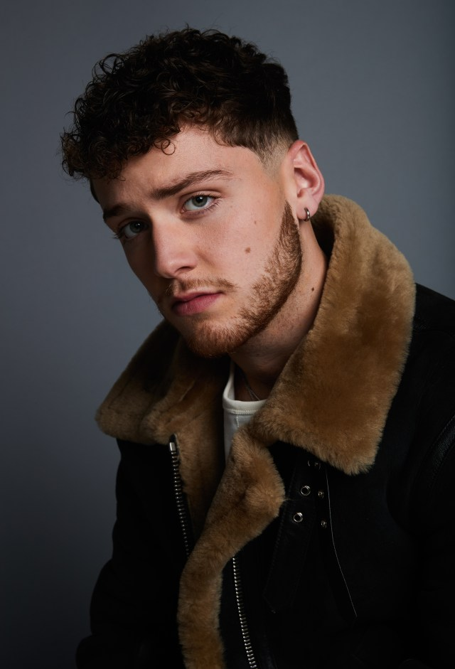 Bazzi1-Photo-Credit-Bryant.jpg?resize=64