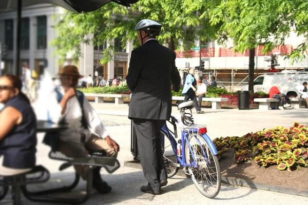 Conseils, de la compatibilité du costume-cravate à vélo