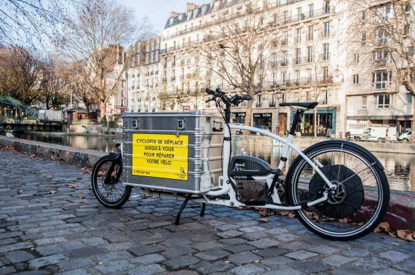 Amis cyclistes urbains parisiens, Cyclofix répare ton vélo