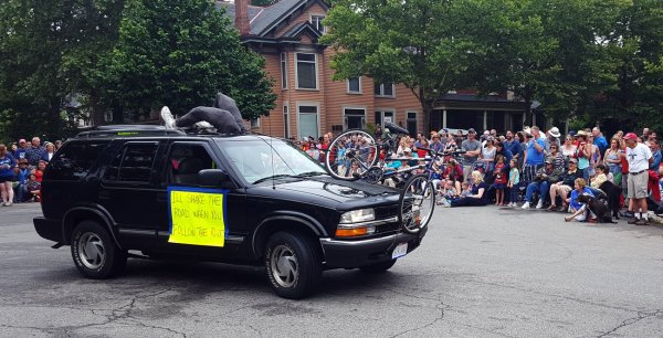 Vélo vs Voiture : Apologie de la violence routière à l'américaine