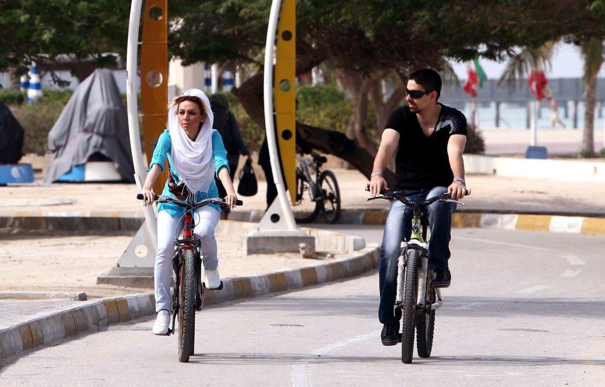 Marivan, Iran : la ville qui ne veut pas de femme à vélo
