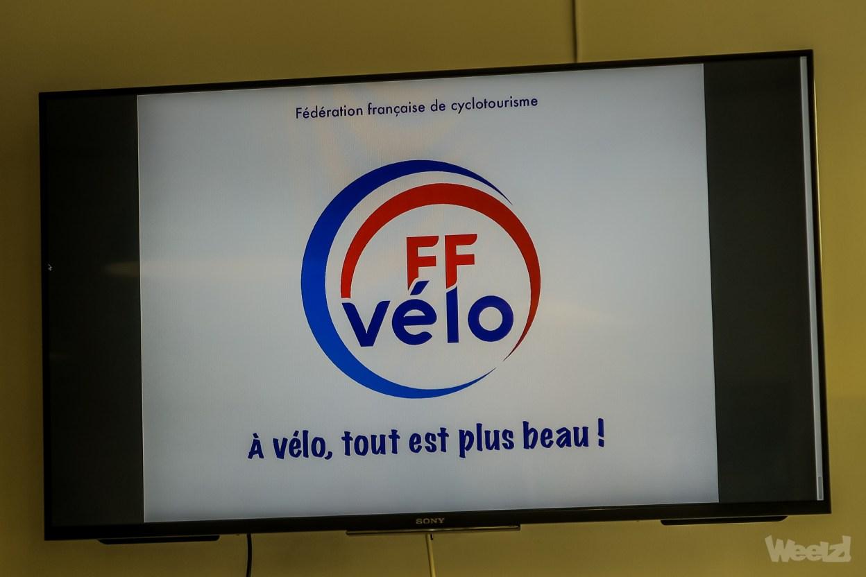 FF Vélo: le cyclotourisme de papy fait de la résistance