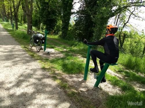 Weelz Velo Tourisme Canal Des 2 Mers Mobile 2018 154018413
