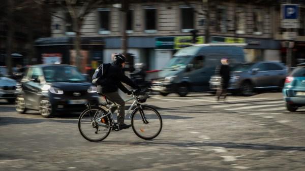 Pic de pollution, oui vous pouvez continuer de prendre votre vélo