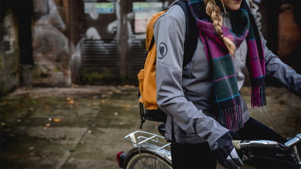 Endura, si tu choisis la vie, tu choisis le vélo