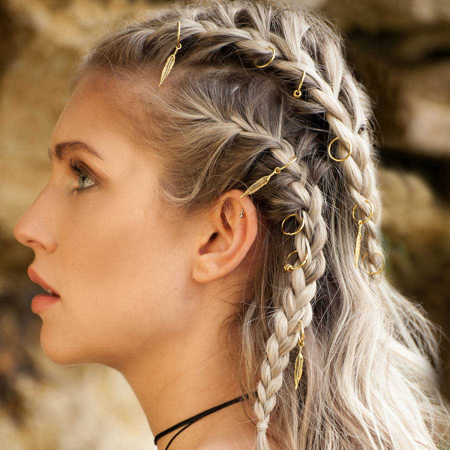Hair rings os anis de cabelos que viraram tendncia em penteados  We Fashion Trends