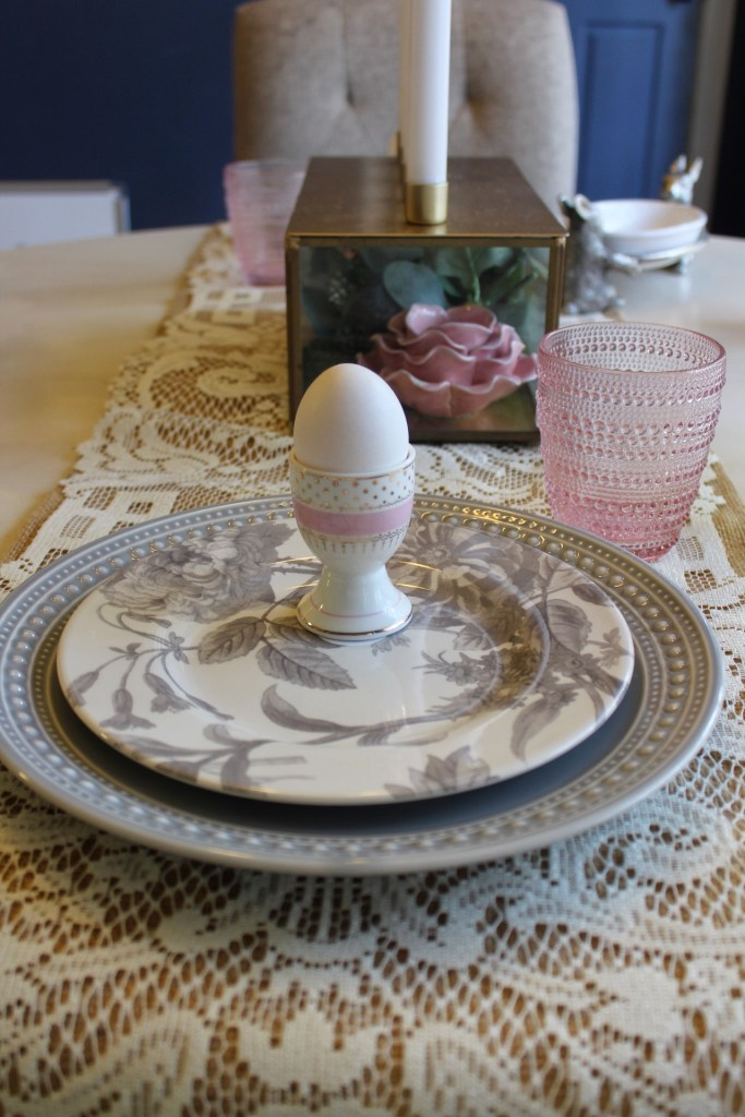 Easter table and menu