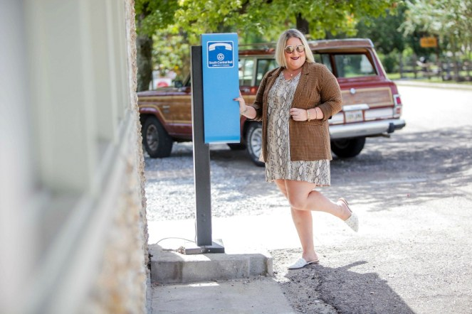 Tiffany in snakeprint dress and houndstooth jacket: 4 tips for mixing pattern