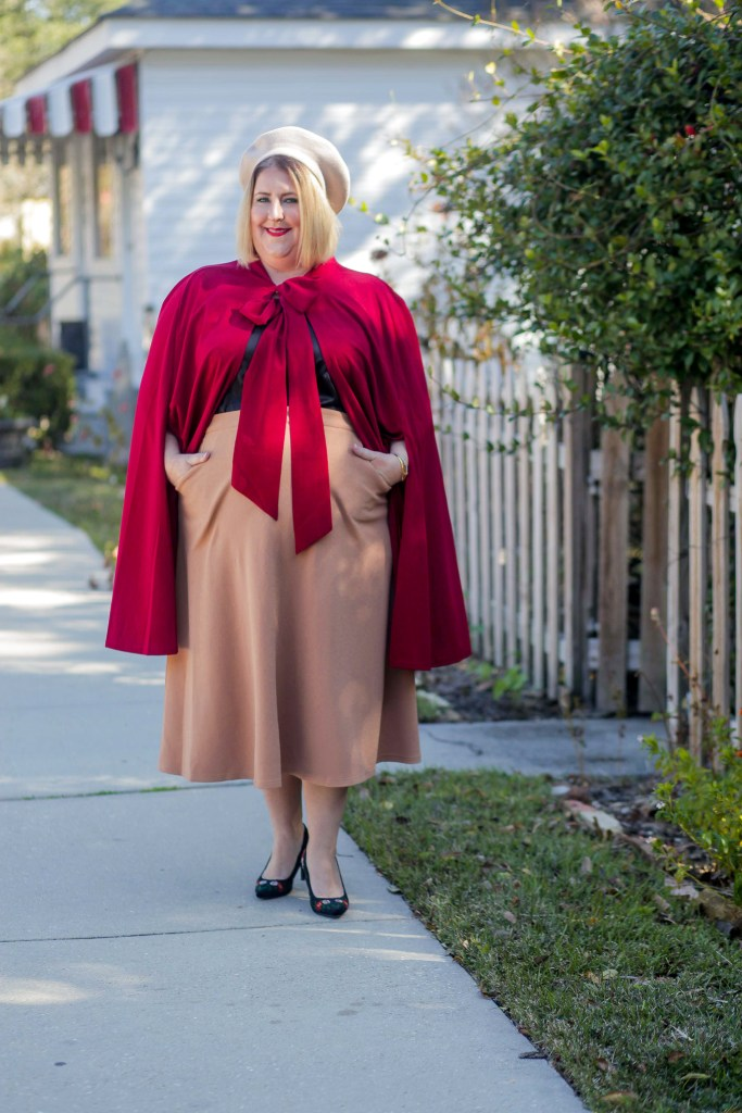 Red bow cape