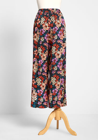 ModCloth Orange Cropped Floral Pants