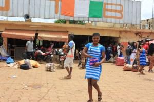 Gare routière de Daloa. De là, les jeunes partent en Europe