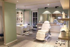 Wegirls: Nagelstudio en schoonheidssalon in Kapellen