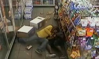 Hostages Subdue Murder Suspect Inside Gas Station in Crazy Video