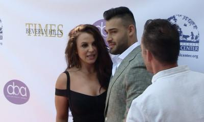 Britney Spears Squirms at Sam Asghari's Award Show and Leaves Event