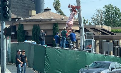 Rocky and Bullwinkle Statue being installed on the Sunset Strip
