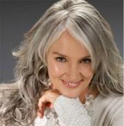 beautiful long gray hair style