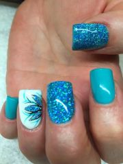 blue nail polish manicure design