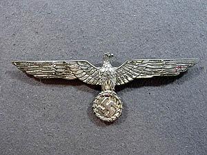 Águila de pecho para Weisser rock