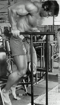 Arnold showing how to gain weight fast for men