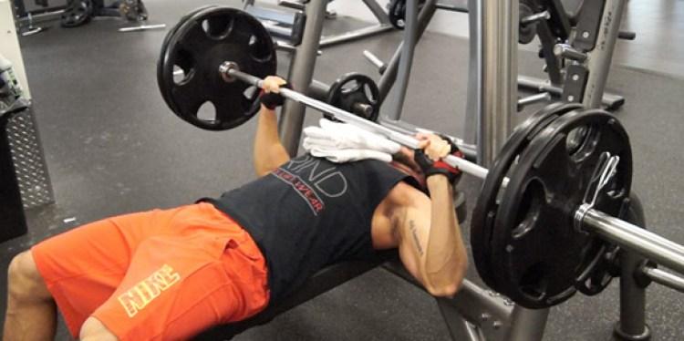 flat-bench-press-weight-training-routines-troy-adashun