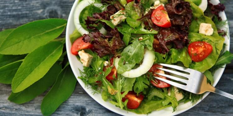 healthy-salad-bodybuilding-meal-prep
