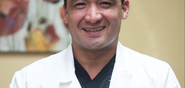 Dr. Mario Camelo