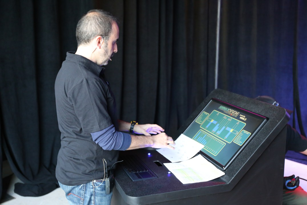 "Animax & Weigl Demo ""A-WAVE,"" animation control software at IAAPA"