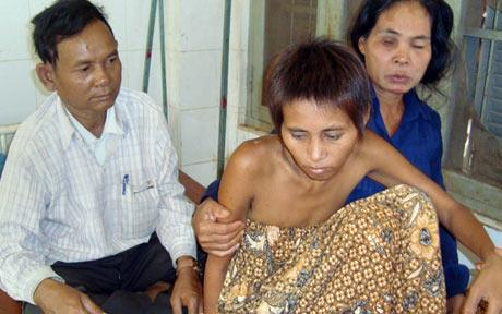 Cambodian Jungle Woman Jungle Woman Returns to Wilderness Amid Continued Controversy picture